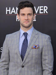 OK! Hottie of the Day: Justin Bartha