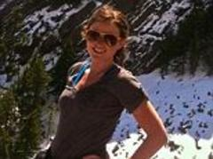 Taylor Powers: Naked hiker saved from Colorado mountain after taking mushrooms and fighting with her roommates