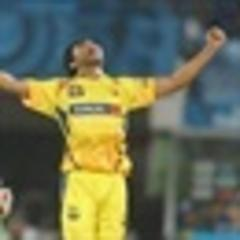 Super Kings charge into final