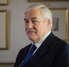Rob Ford like 'an embarrassing guest,' says Conrad Black