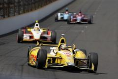 castroneves, franchitti chase 4th indy 500 win